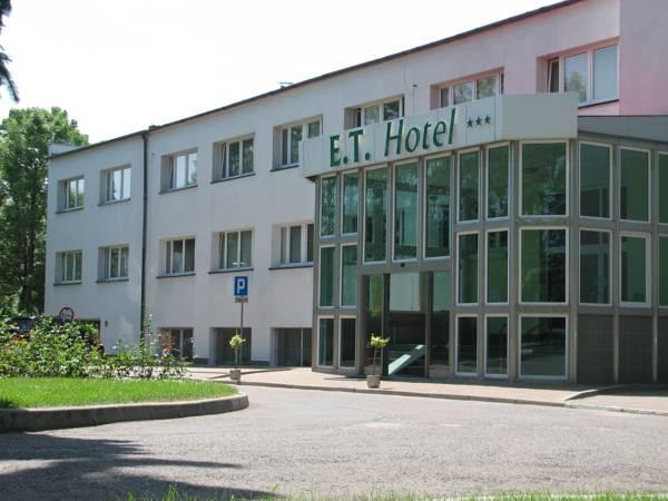 E.T. Hotel