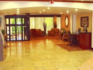 Holiday Inn Saddle Brook Hotel Jersey City (NJ) - Lobby