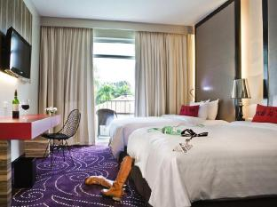 Hard Rock Hotel Pattaya Pattaya - Deluxe City View Twin Bed