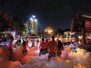 Hard Rock Hotel Pattaya Pattaya - Sports and Activities