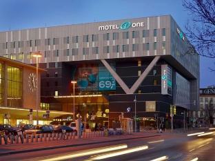 /zh-cn/motel-one-wien-westbahnhof/hotel/vienna-at.html?asq=m%2fbyhfkMbKpCH%2fFCE136qXFYUl1%2bFvWvoI2LmGaTzZGrAY6gHyc9kac01OmglLZ7
