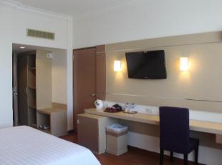 Inna Simpang Surabaya Surabaya - Deluxe Room