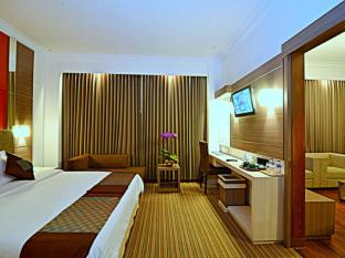 Inna Simpang Surabaya Surabaya - Suite