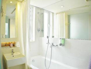 Ole Tai Sam Un Hotel Makao - Banyo