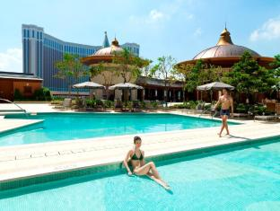 Holiday Inn Macao Cotai Central Makao - Peldbaseins