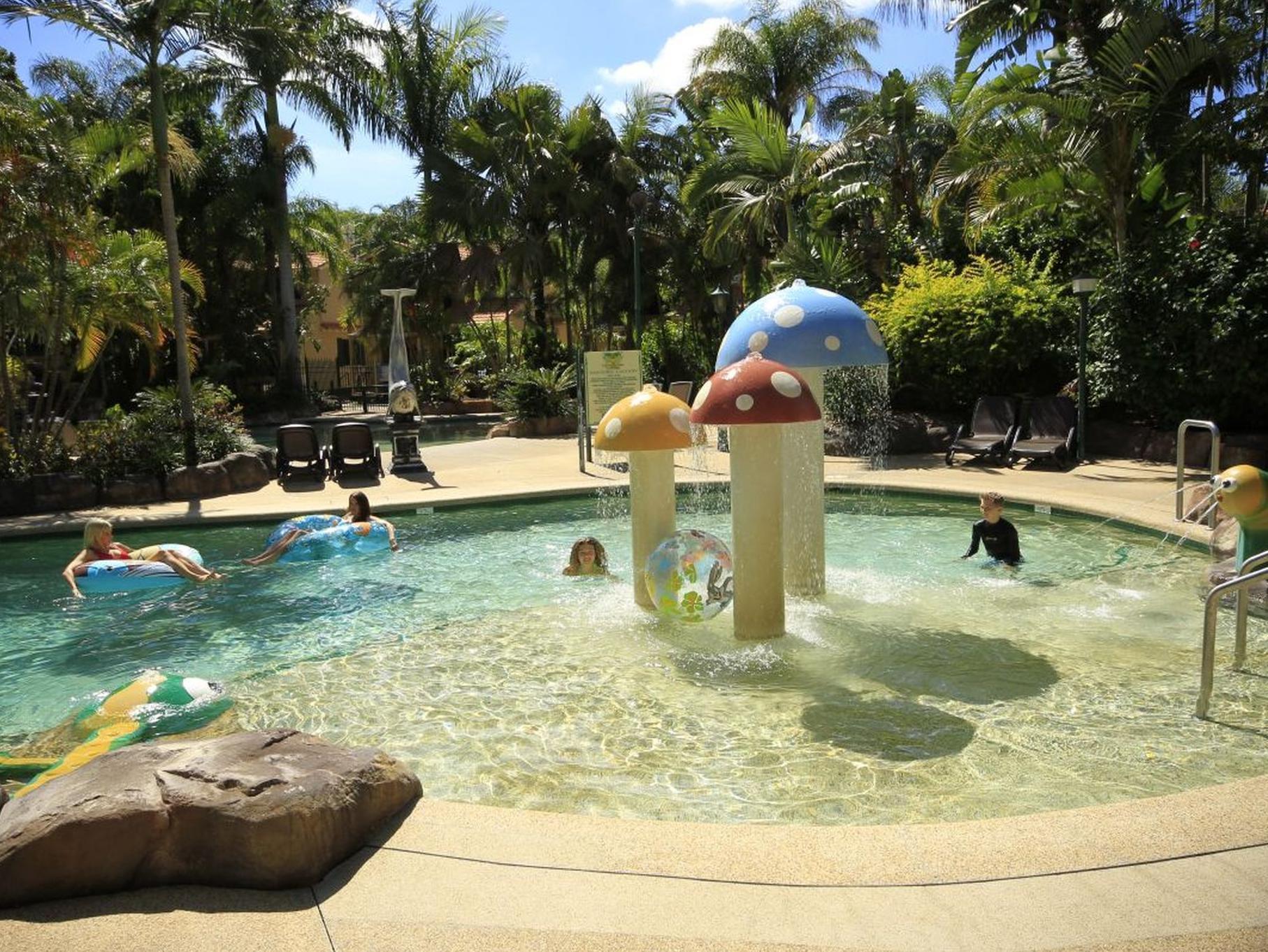 Ashmore Palms Holiday Village Reviews