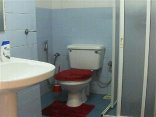 Ashgrove Apartments Wellawatta - Bathroom