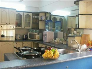 Ashgrove Apartments Wellawatta - Pantry