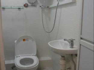 KG Garden Guest House Hong Kong - Bathroom