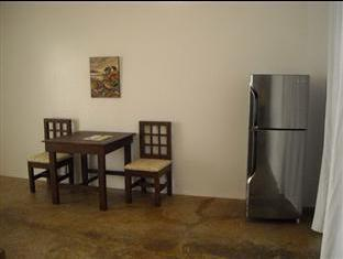 Panglao Palms Apartelle Panglao Island - Phòng khách