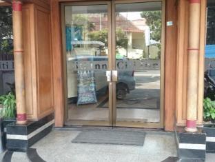 Hotel Citi International Palang Merah Medan - Entrance