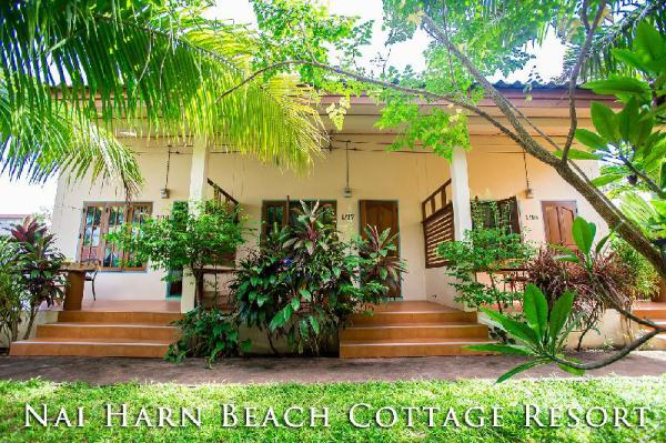 Nai Harn Beach Cottage Resort 4 Houses for 8 Pers. Phuket
