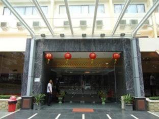 Grand Surabaya Hotel Surabaya - Exterior
