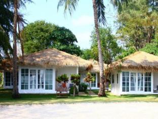 /th-th/sky-beach-resort-koh-mak/hotel/koh-mak-trad-th.html?asq=jGXBHFvRg5Z51Emf%2fbXG4w%3d%3d