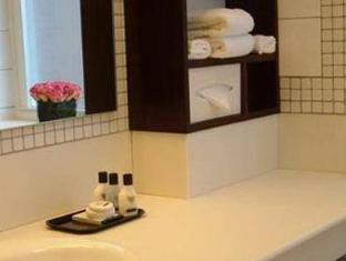Washington Square Hotel New York (NY) - Bathroom