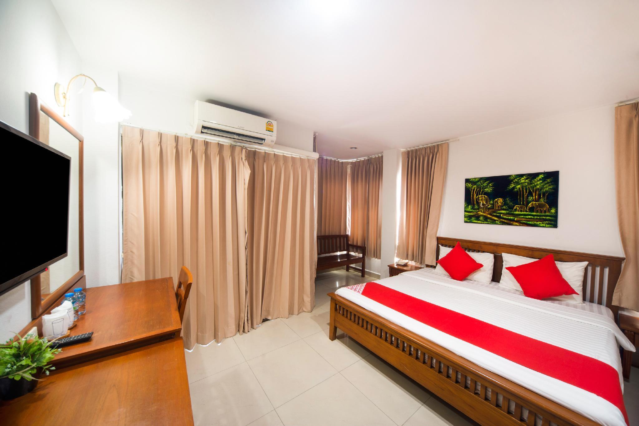 OYO 239 Dee Viking Hotel Patong