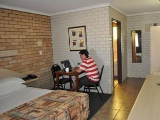 Castle Motor Lodge Islas Whitsunday - Habitación