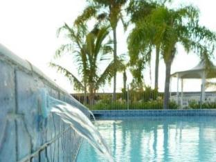 Castle Motor Lodge Whitsunday Islands - Yüzme havuzu