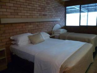 Castle Motor Lodge Whitsunday Islands - अतिथि कक्ष