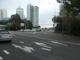 Bondi Gateway Sydney - Exterior