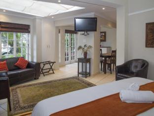 /conifer-beach-house/hotel/port-elizabeth-za.html?asq=jGXBHFvRg5Z51Emf%2fbXG4w%3d%3d