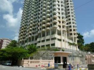 YC's Apartment @ Eden Seaview Condo