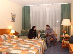 Hunguest Hotel Repce
