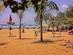 Bemo Corner Guest House Bali - Pantai