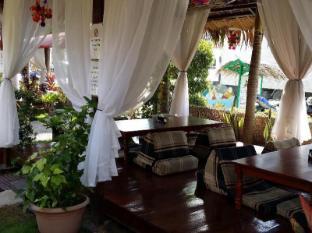 Coucou Bar Hotel and Restaurant Bantayan Island - Cabanas