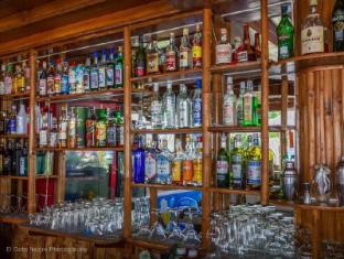 Coucou Bar Hotel and Restaurant Bantayan Island - Nightclub
