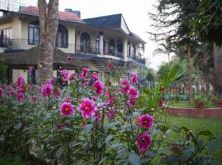 Chitwan Adventure Resort Chitwan - Jardín