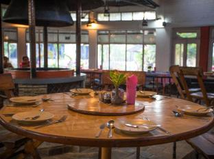 Chitwan Adventure Resort Chitwan - Restaurante