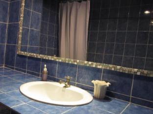 スリン スウィート ホテル プーケット - バスルーム