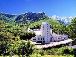 โรงแรมโซอุงคาคุ (Sounkaku Grand Hotel)