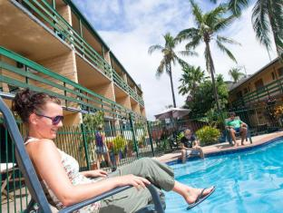 Airlie Beach YHA Whitsunday Islands - حمام السباحة