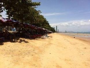 Your Guesthouse Pattaya - Surroundings
