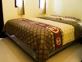 Guest House & Salon Spa Fora Gegerkalong Bandung - Kamar Tidur