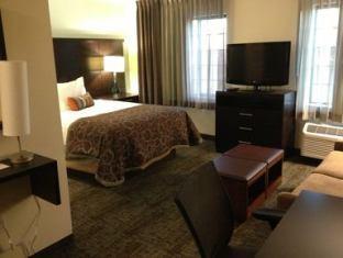 Staybridge Suites Lincoln North East