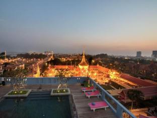 /zh-tw/frangipani-royal-palace-hotel/hotel/phnom-penh-kh.html?asq=m%2fbyhfkMbKpCH%2fFCE136qQPaqrQ8TR4epHDskeQWkV9xbmY705VAXArEvAzTkheH