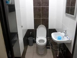 Tai Pan Hotel Kuching - Bathroom