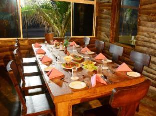 Mount Breeze Hotel Colombo - Restaurant