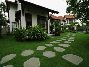 Van Lan Riviera Villas