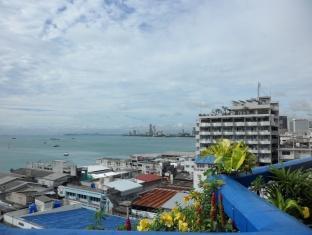 Diamond Beach Hotel Pattaya - View