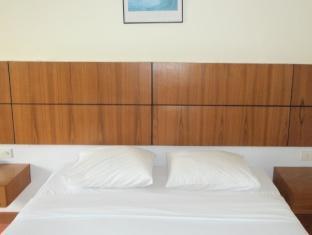 Diamond Beach Hotel Pattaya - Deluxe Room