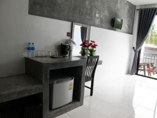 Alphabeto Resort Phuket - Gästrum