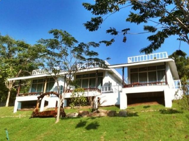 ชมแควแลดาว รีสอร์ท – Chom Kwai Lae Dao Resort