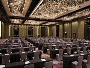 Crowne Plaza Hong Kong Kowloon East Hotel Hong Kong - Grand Ballroom Classroom Setup