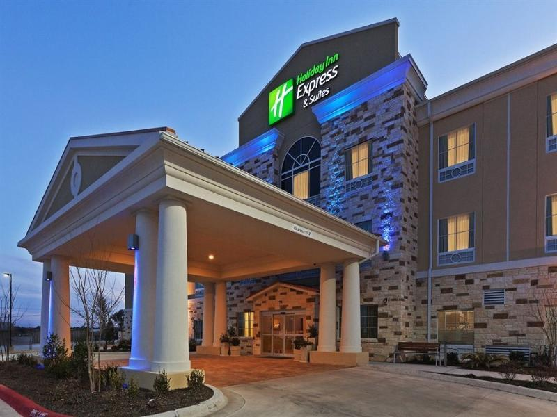 Holiday Inn Express And Suites Brady
