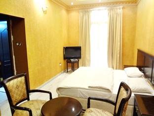Gulf Crown Hotel Apartments