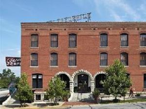 Hotel Frederick Bed And Breakfast